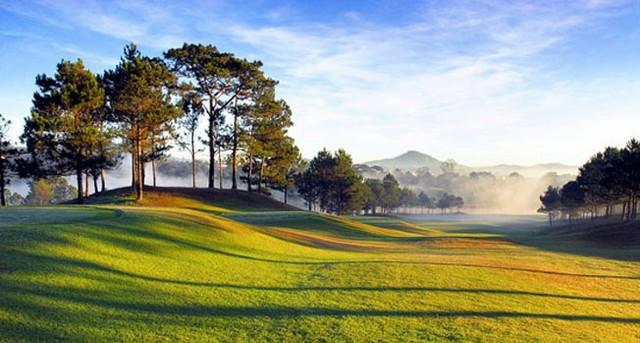 Sân Golf Đồi Cù Đà Lạt
