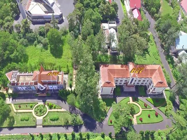 Trường đại học Đà Lạt được chụp trên cao