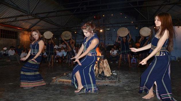 làng dân tộc tại Đà Lạt