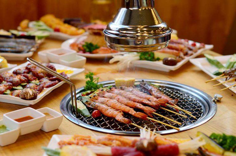 Nhà hàng hải sản Sông Hồng
