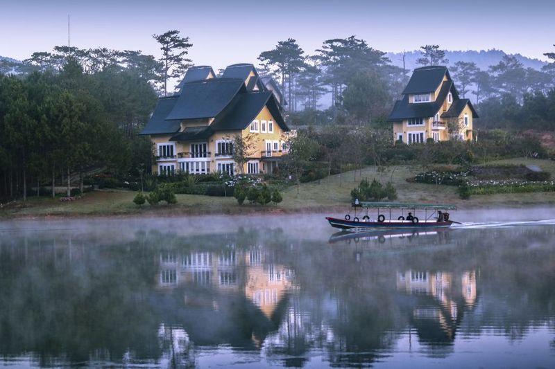 Hồ Tuyền Lâm ở đâu