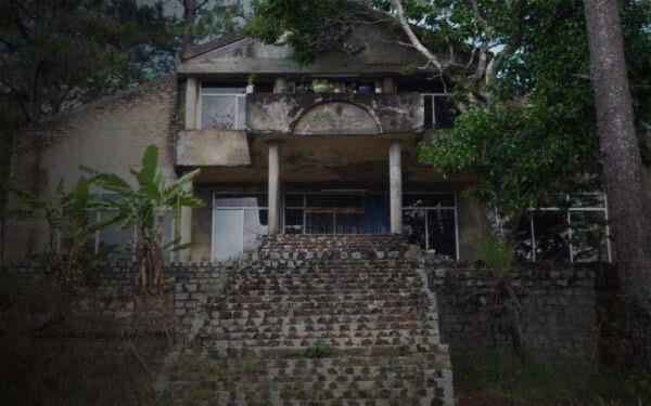 Nhà ma đèo Prenn Đà Lạt