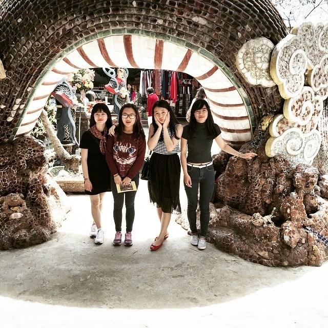 Di chùa Linh Phước bằng phương tiện gì