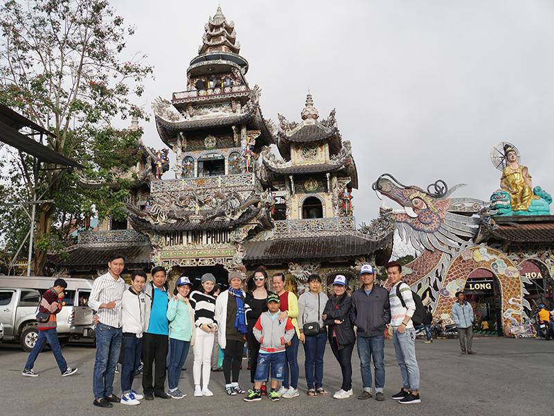 Hình ảnh tại chùa Linh phước