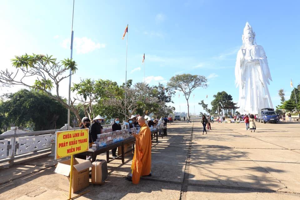 Tour tham quan chùa Linh Ẩn Tự Đà Lạt